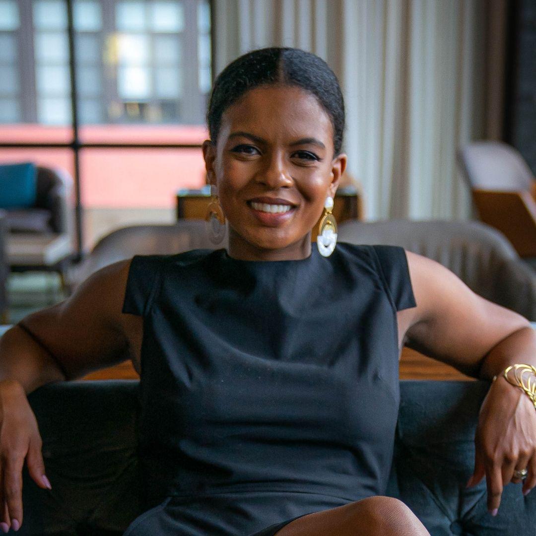 Anna N'Jie-Konte Speaker financially Strong Latina